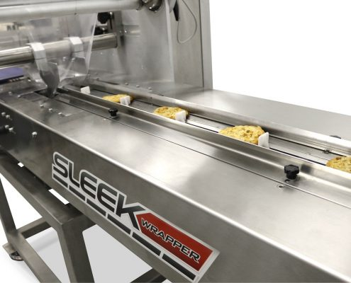 Cookie It up flow wrapping machine